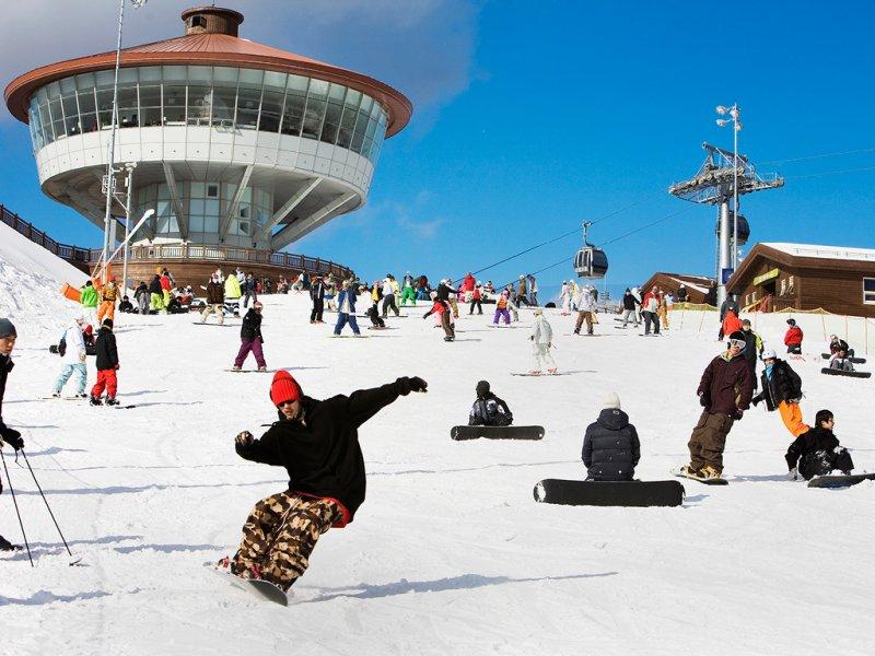 High1 Resort One Day Ski Tour